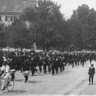 Historie 8 - Festzug am 50jährigen Jubiläum vom 1. Juli 1928